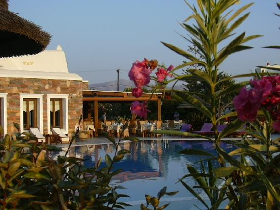 Naxos Resort Beach Hotel : la piscina