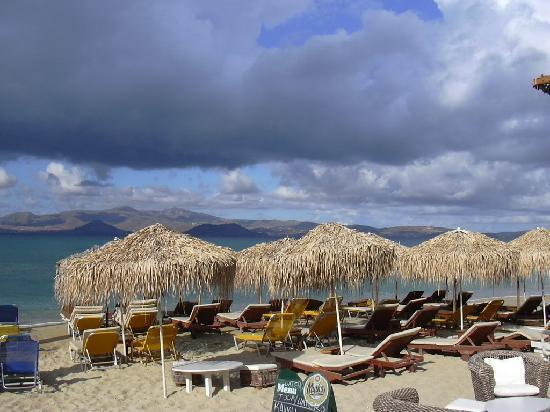 Naxos Resort Beach Hotel: spiaggia di Aghia Anna a pochi minuti d'auto