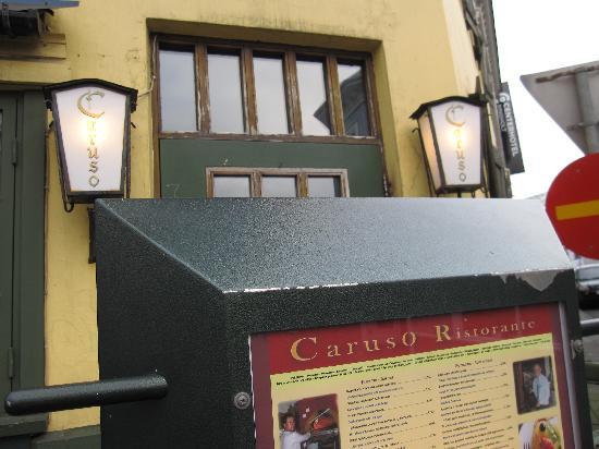 Caruso: Front door and menu