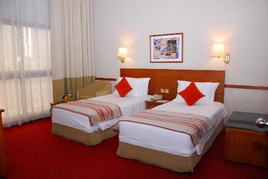 Sun & Sky Al Rigga Hotel: Twin Room
