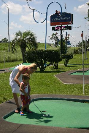 Howard Johnson Inn - Ocala FL: Have a challenging round of putt-putt golf at the hotel's onsite miniature golf course.