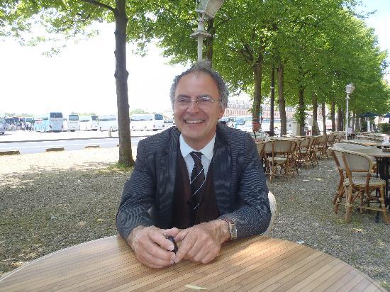 บริติชทัวร์ - เดย์ทัวร์ฟรอมลอนดอน: Pascal, our French tour guide