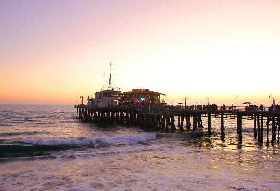 Santa Monica Pier: 3