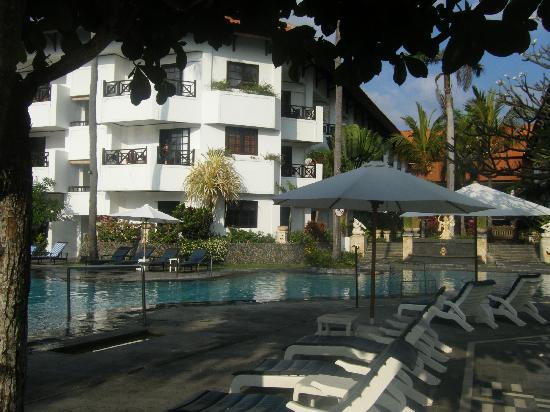 โรงแรมคลับบาหลีมิเรจ: resort