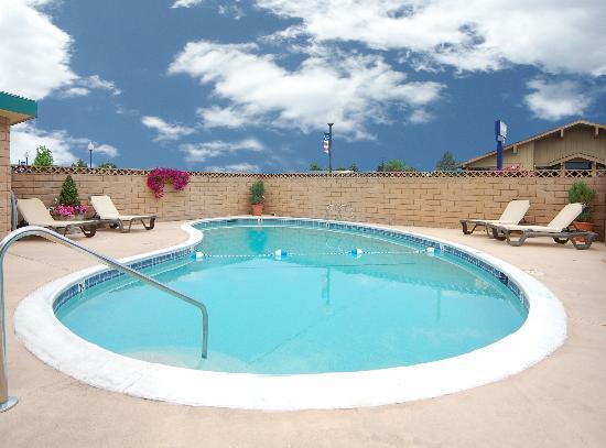 Best Western Trailside Inn: Pool