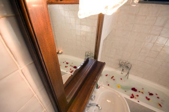 Agriturismo Marino: bagno di fiori