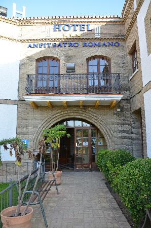Photo of Hotel Anfiteatro Romano Seville