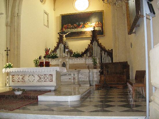 Chiesa di San Sepolcro : chiesa San Sepolcro-altare-