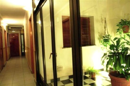 Hotel Rey Buenos Aires: Patio