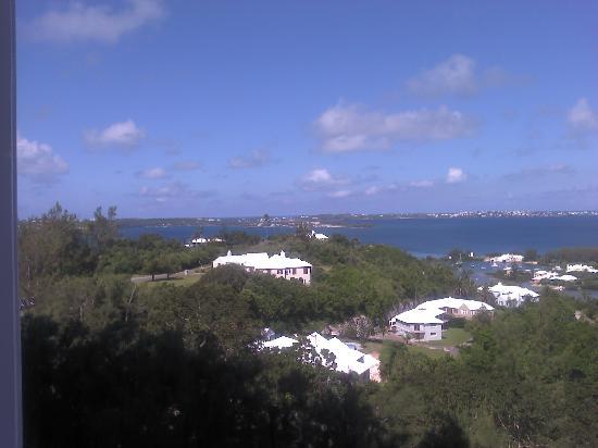Fairmont Southampton: Balconyt view Right