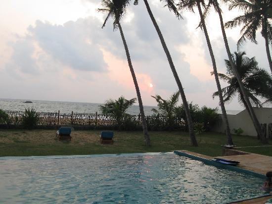 Sri Villas: View towards the beach from our villa's terrace