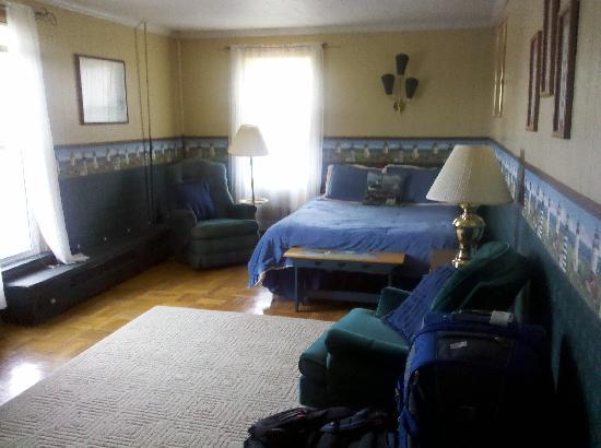House of Ludington: Very cozy room