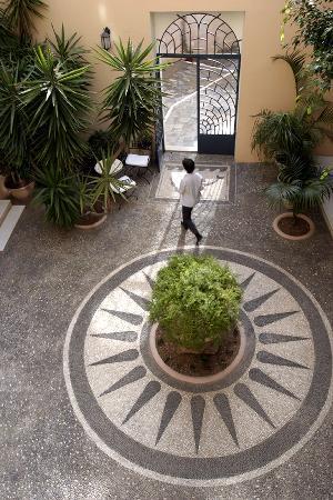 Casa Delfino Hotel & Spa: COURTYARD