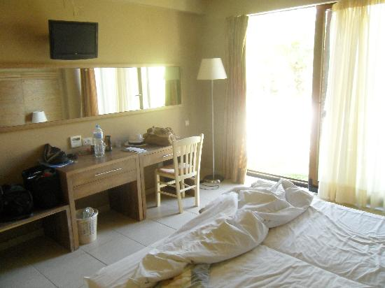 Matala Valley Village Hotel : Bungalow room