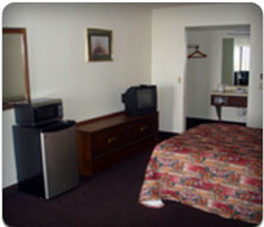 Waukomis, OK: Single Queen Room