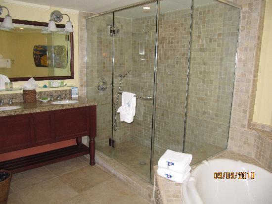 Ocean Reef Club: Bathroom main