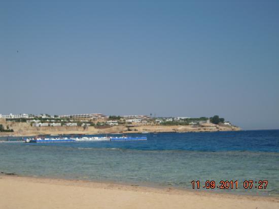 Domina Coral Bay Aquamarine Hotel: Strandlage