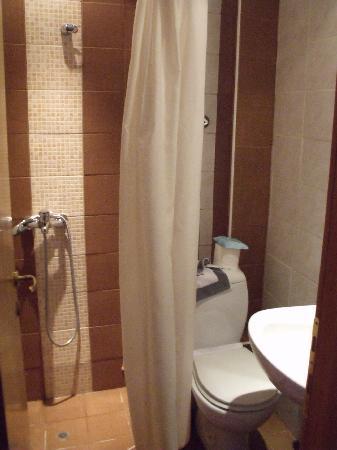 Emporikon Hotel: bathroom