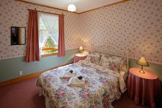 Settlers Cottage Motel: Bedroom