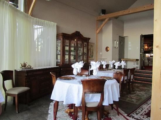 Eagle's Nest Resort: Dining room