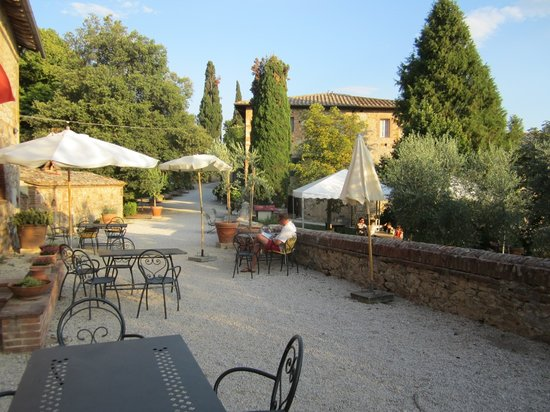 Trequanda, Italy: Fattoria del Colle ingresso