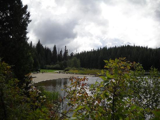 Summit Lodge Boutique Hotel: TRAIL TO LOST LAKE