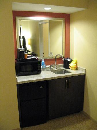 kitchenette picture of chicago marriott suites o 39 hare rosemont