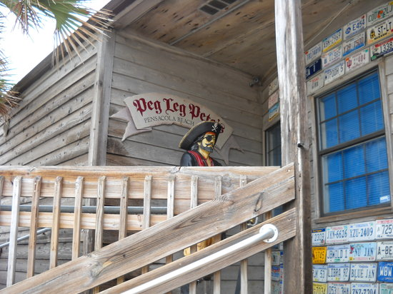 Peg Leg Pete's: Front entrance