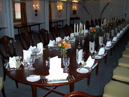 เรือพระที่นั่งบริทานเนีย: The State Dining Room
