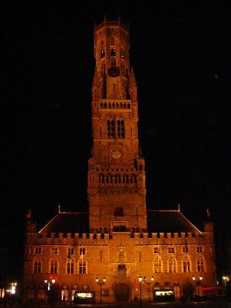 Hans Memling Hotel: Belfry in Bruges