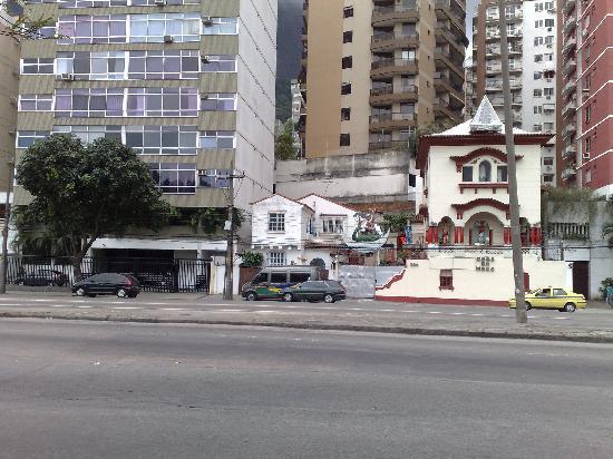 Lagoa Guest House: Hostel Front