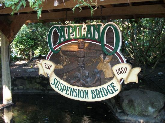 อุทยานและสะพานแขวนคาปิลาโน: Capilalos