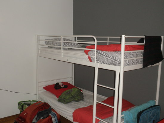 InToulouse : View no. 2 of three bed dorm