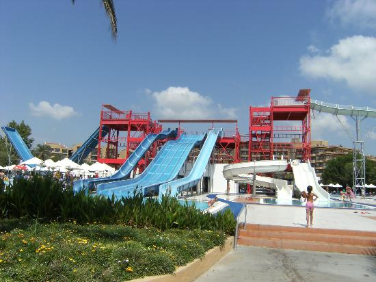 TUI MAGIC LIFE Waterworld: Slides