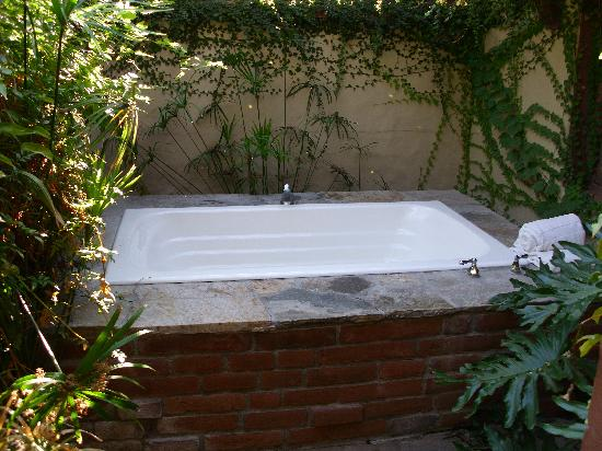 The Andalusian Court: Private spa tub