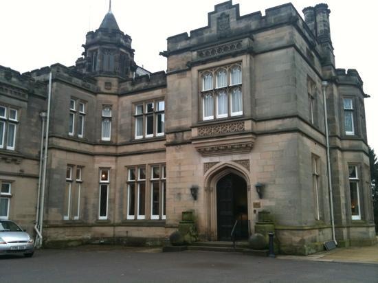 Hampton Manor : the main entrance