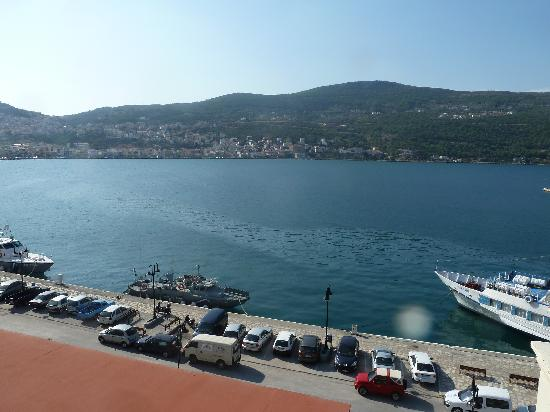 Samos City Hotel: View across the bay from roof pool