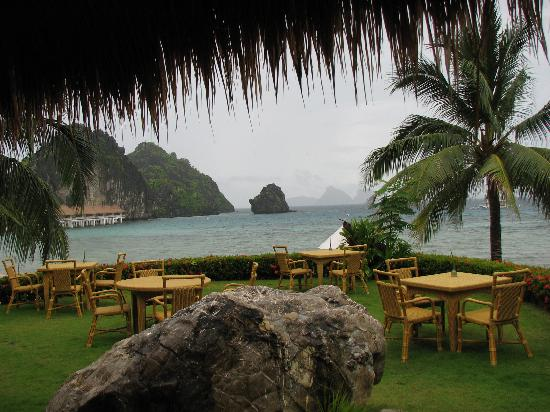 El Nido Resorts Apulit Island: one of the many views from the dining area