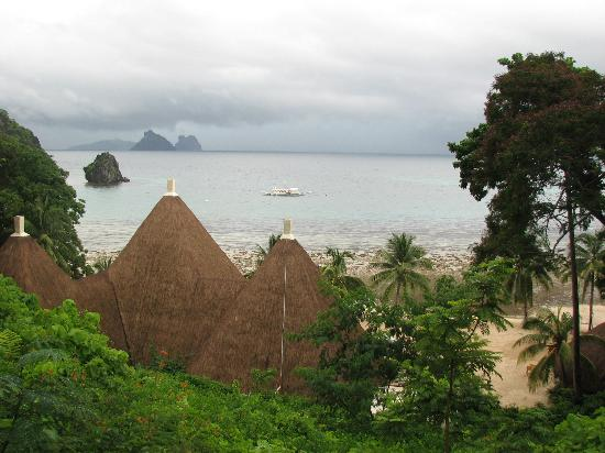El Nido Resorts Apulit Island: from the bar on the hill