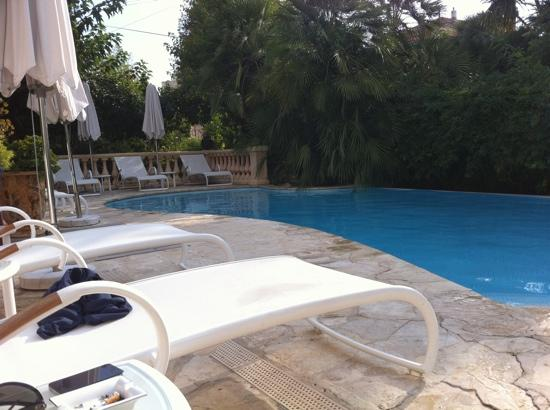 Sainte Valerie Hotel: at the pool