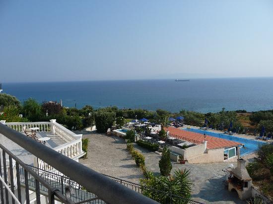 Trapezaki Bay Hotel: View from room 222 balcony
