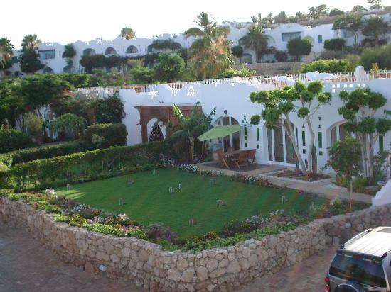 Domina Coral Bay Prestige Hotel: le ville dentro il villaggio