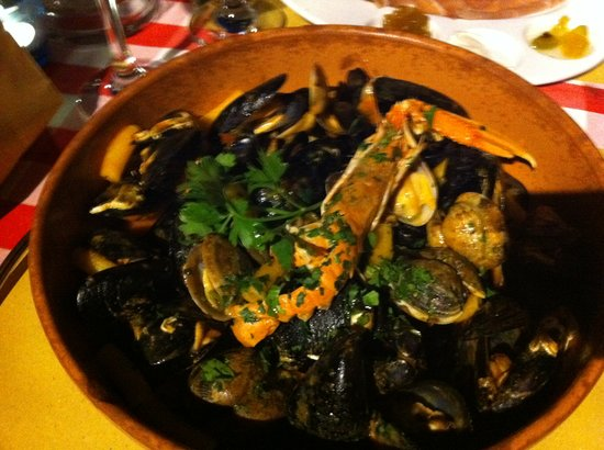 Trattoria Fluviale Vecio Mulin: Pasta in tomato sauce, overflowing with seafood