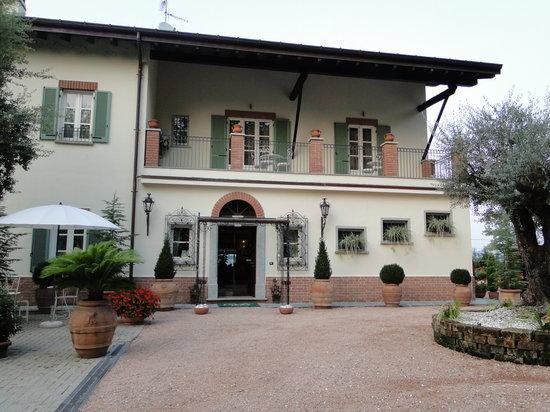 Bodio Lomnago, Italy: Vista exterior