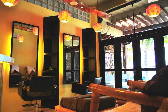 Bella isa salon and spa boracay philippines updated for Attractions salon