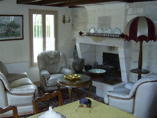 Chateau La Closerie De Fronsac: Le salon