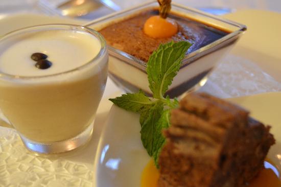 Pienzenau am Schlosspark: Tris di dolci