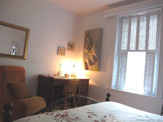 Auberge Artistique : Chambre-Room