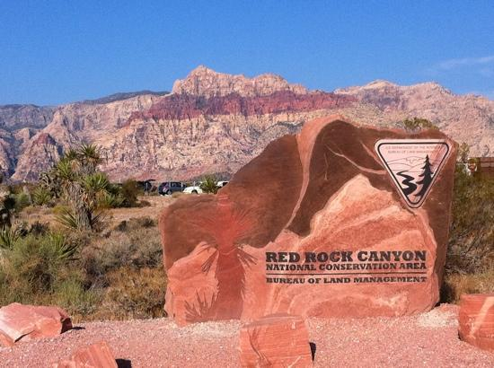 Grand Canyon by One Day Tours: Entry sign
