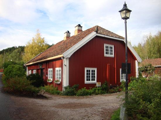 Vaertshuset Baerums Verk: Vaertshuset, the oldest restaurant in Norway.